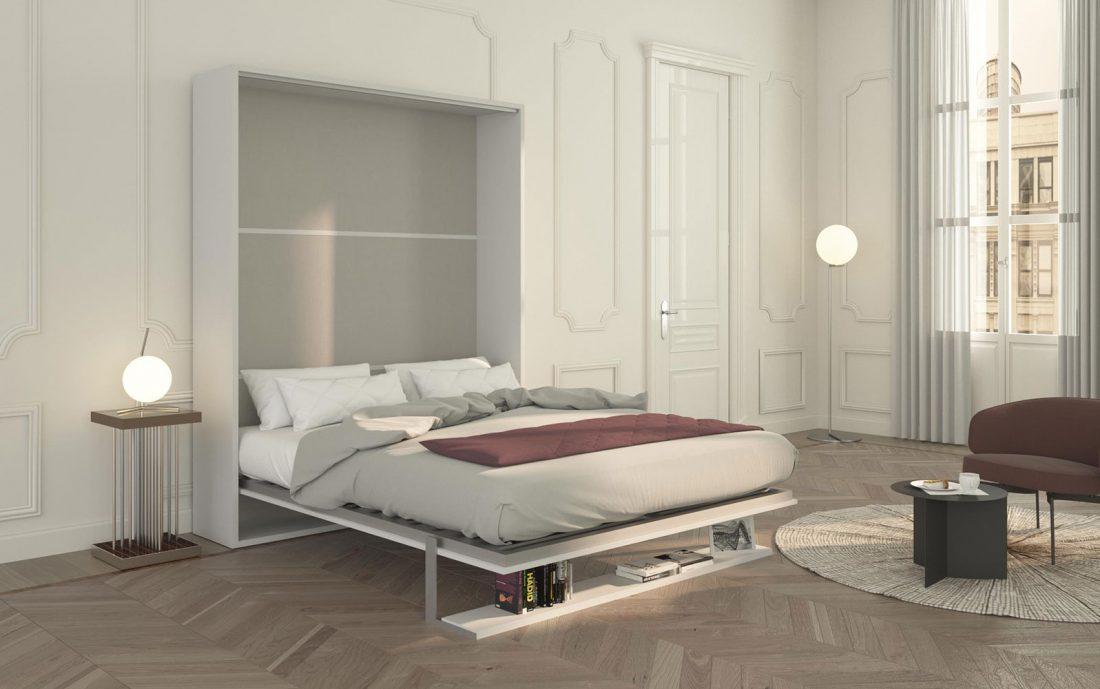 Il letto matrinoniale Velo Uno 160 aperto con la mensola che si trasforma in piede