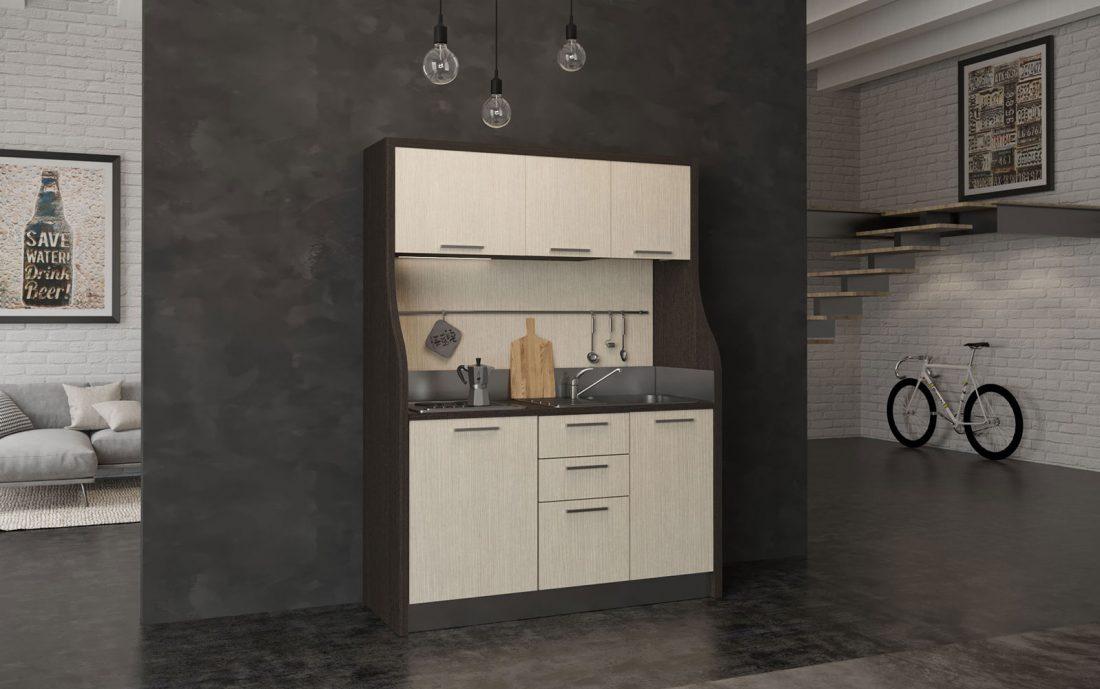 Cadore è una cucina monoblocco con linea rustica per hotel di montagna