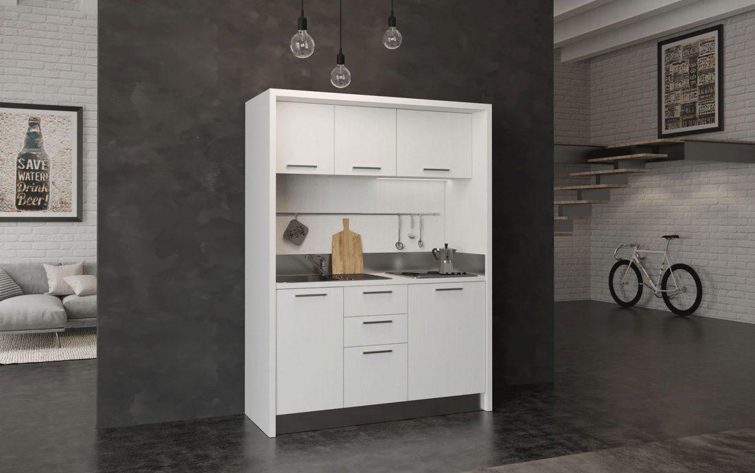 Circeo è una cucina monoblocco da 1 metro e 60 con mini frigo e piano elettrico