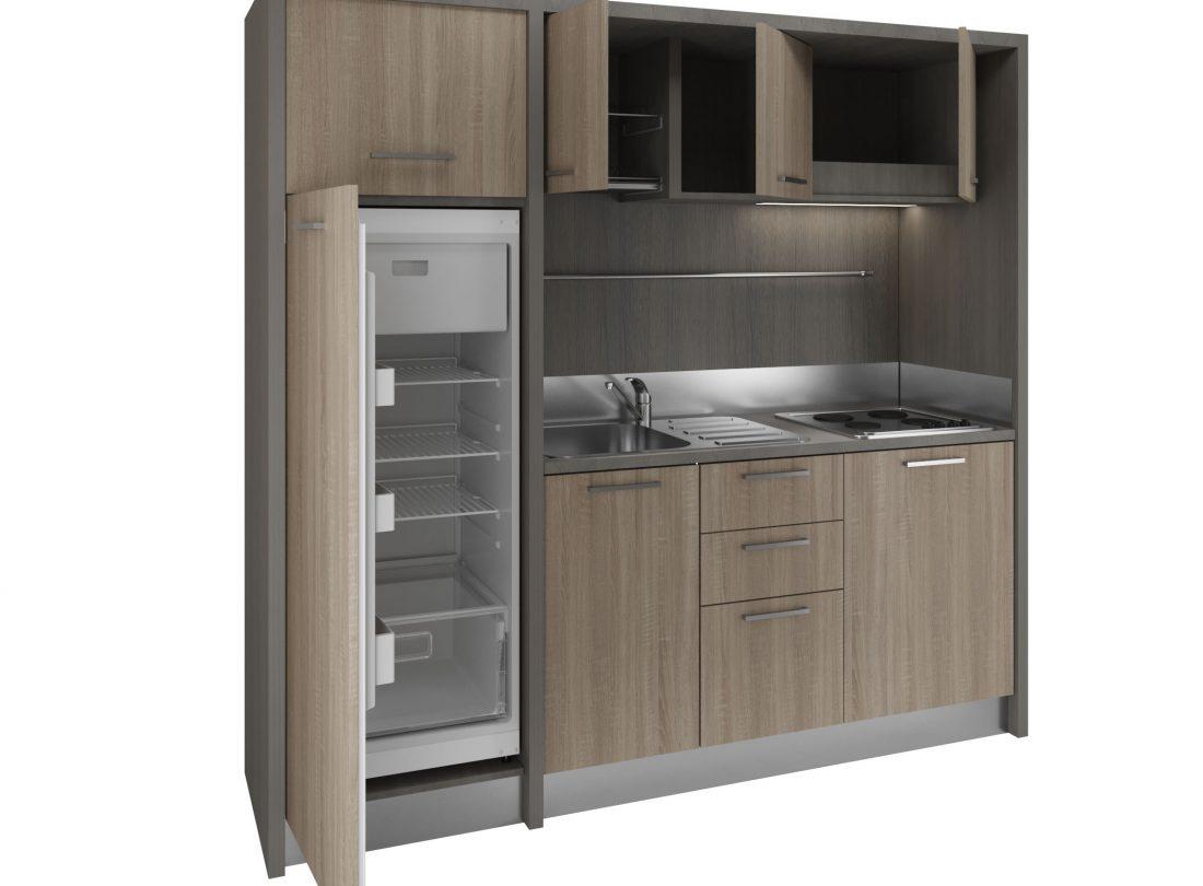 Valdarno è una moderna e compatta cucina monoblocco per monocamere