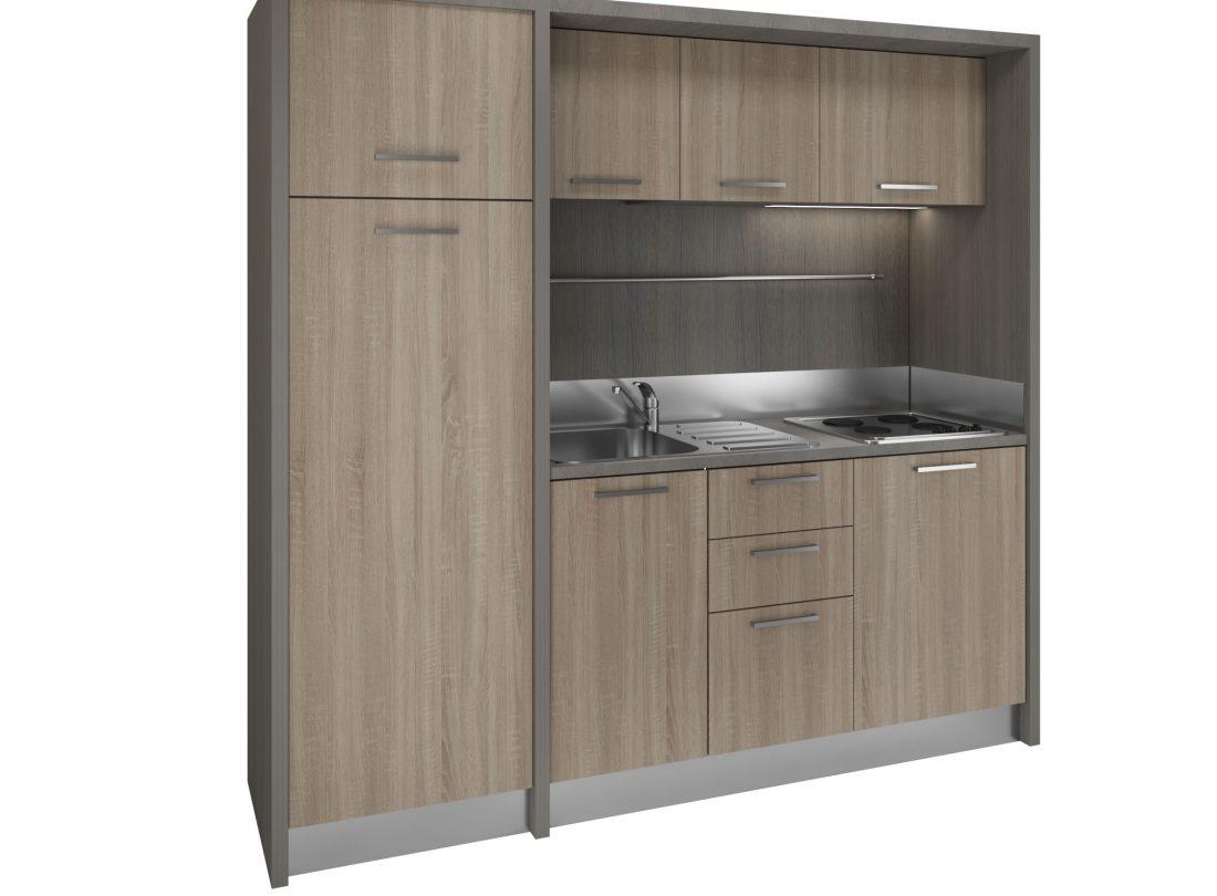 Valdarno è un mobile cucina con frigo e congelatore e piano elettrico 4 fuochi