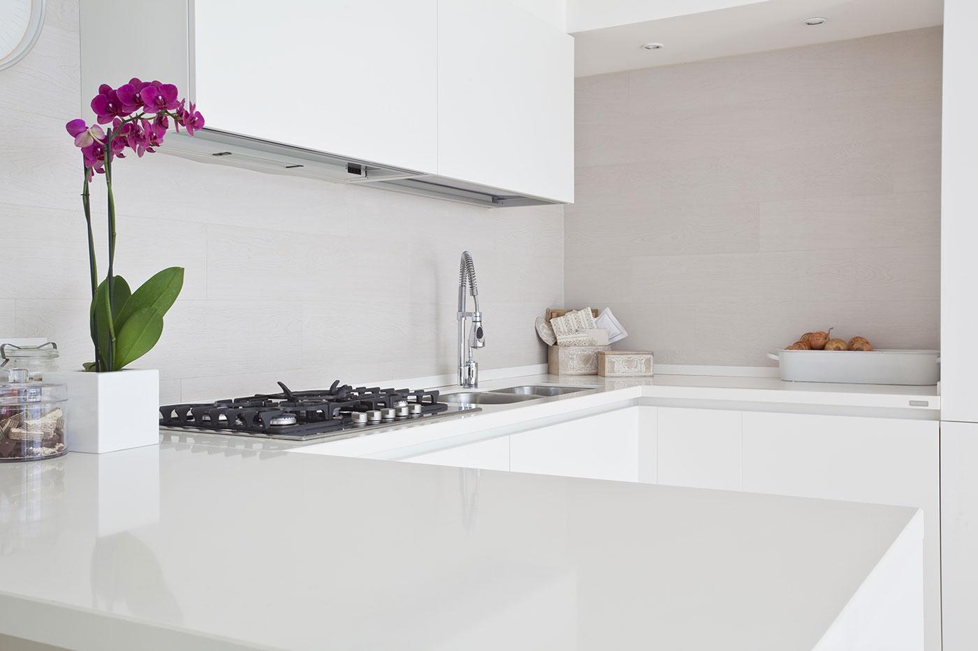 Quali sono le cucine per piccoli spazi? Le 4 caratteristiche essenziali