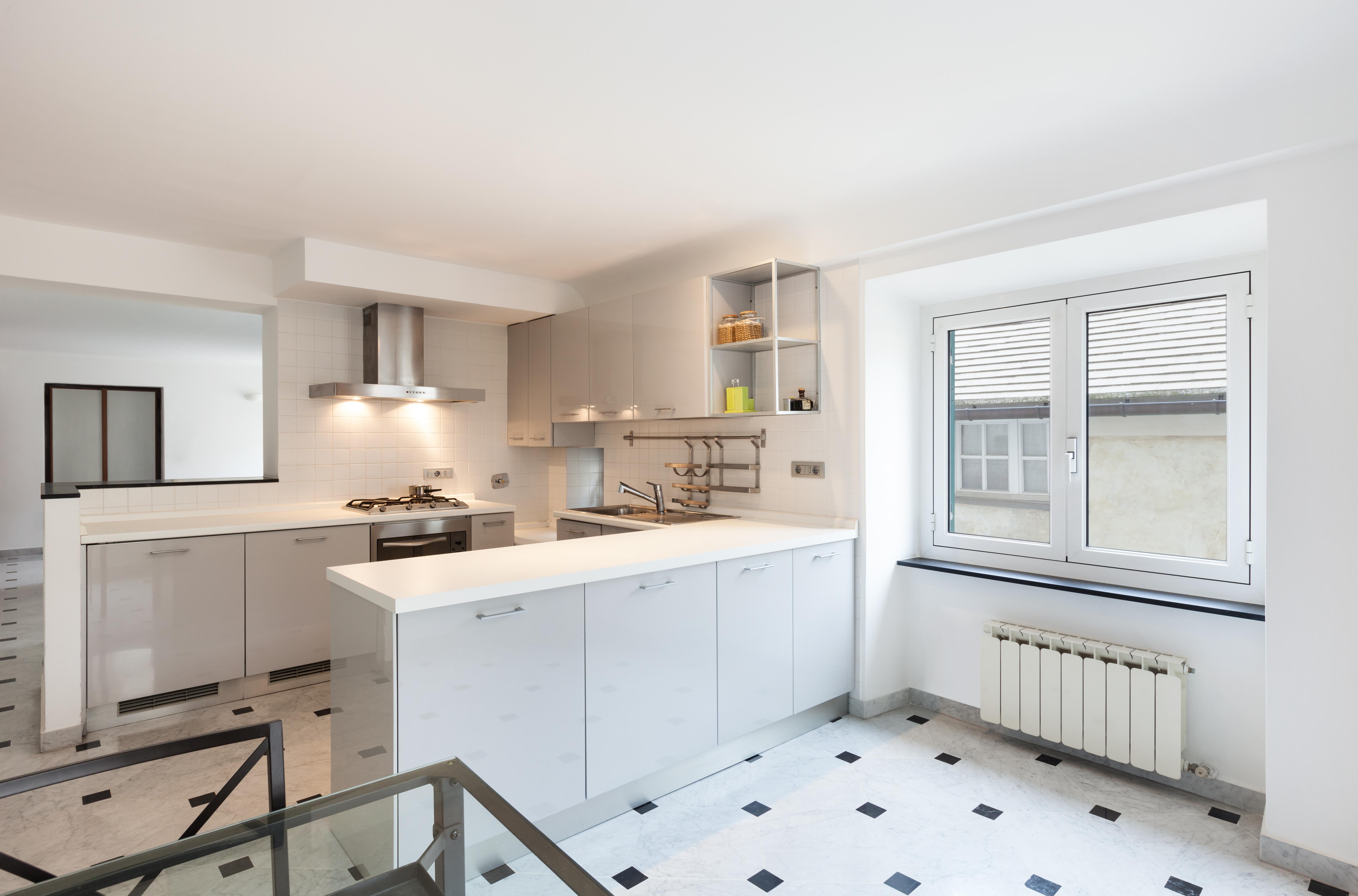 cucina soggiorno in poco spazio