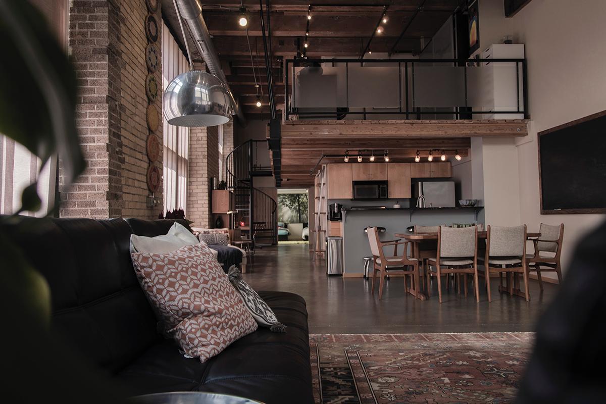 Come disporre i mobili nel loft